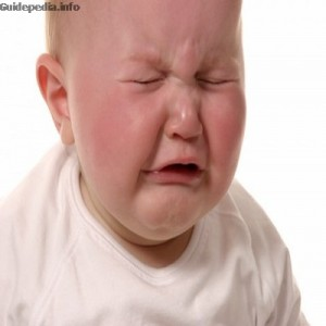 Funny-Baby-Crying-wallpaper